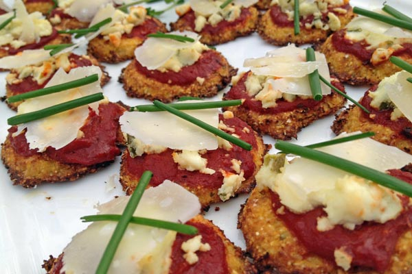 Post image for Roasted Cauliflower and Cornmeal Pizzas