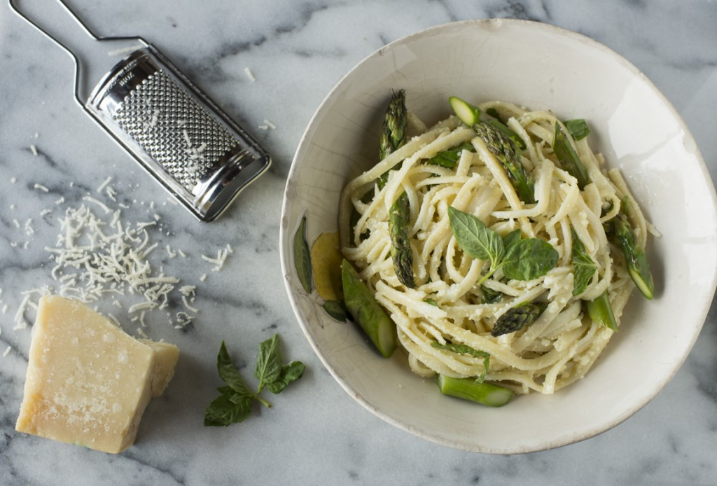 lemon pasta with grater