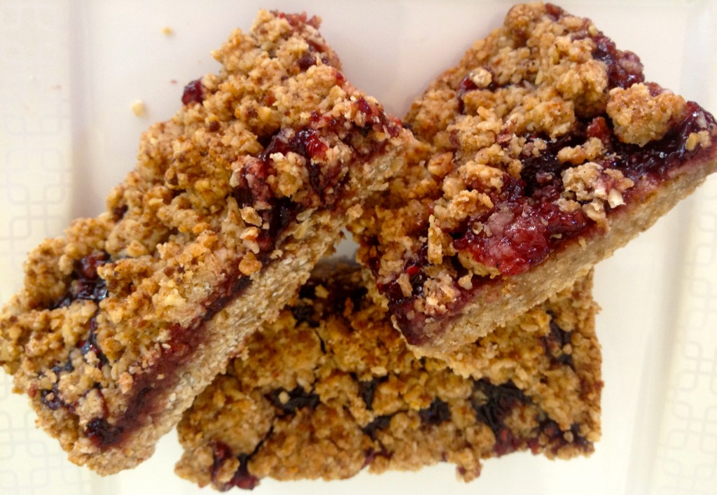 berry stuffed bars